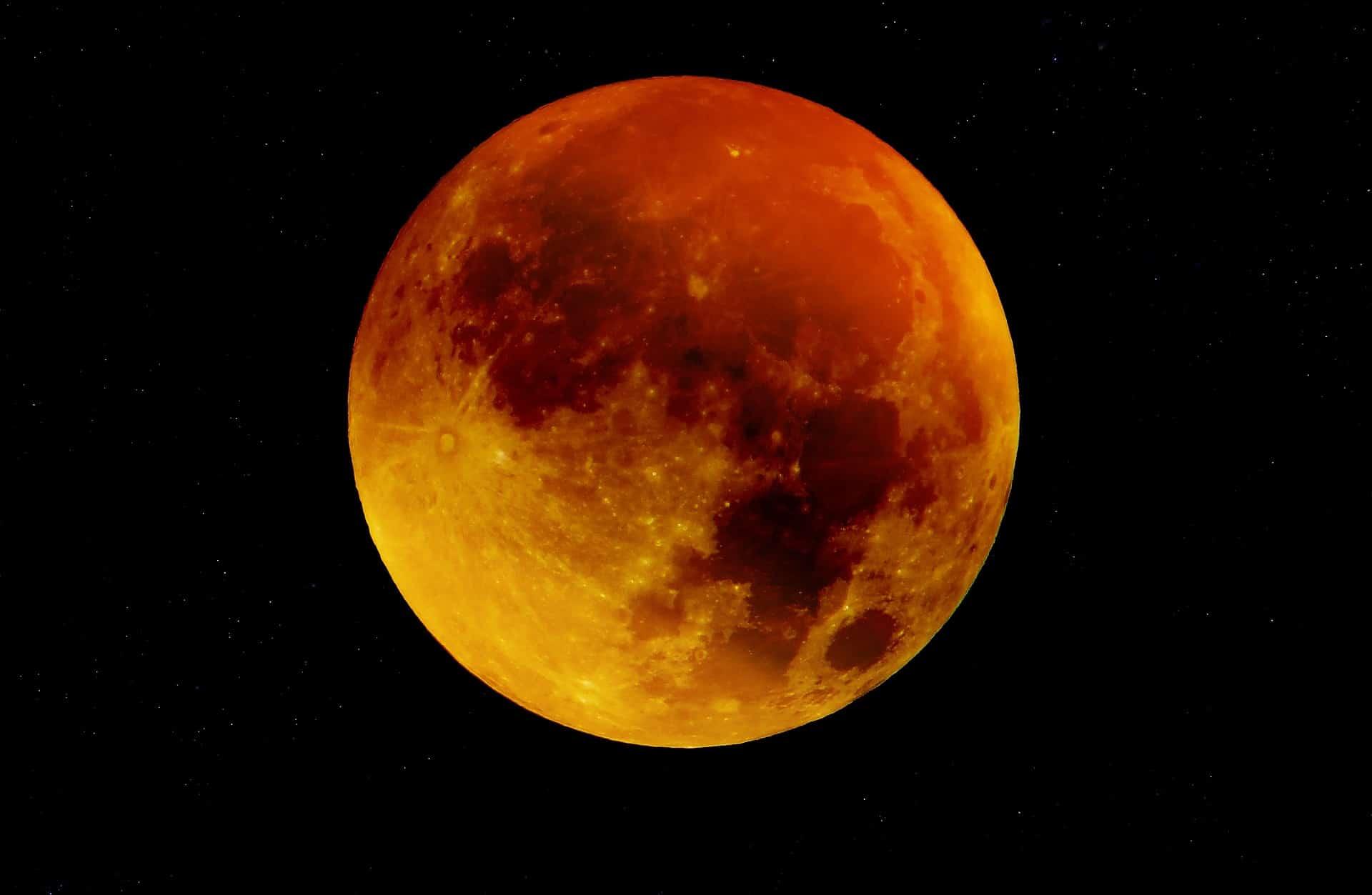 Du kan använda månens olika cyklar för olika ändamål. Idag pratar jag om fullmåne. Se nedan vilka datum som det är fullmåne.